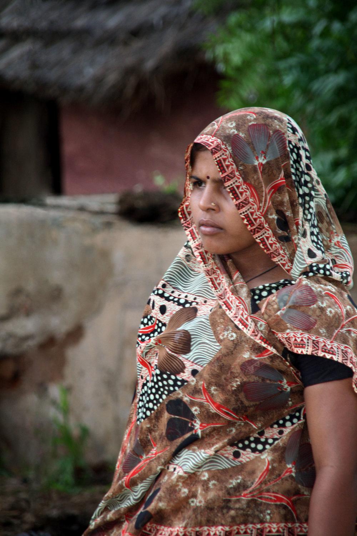 Ragazza con sari India 2010 848.jpg
