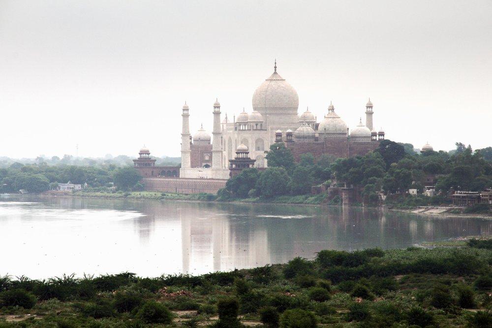 Taj Mahal India 2010 716.jpg