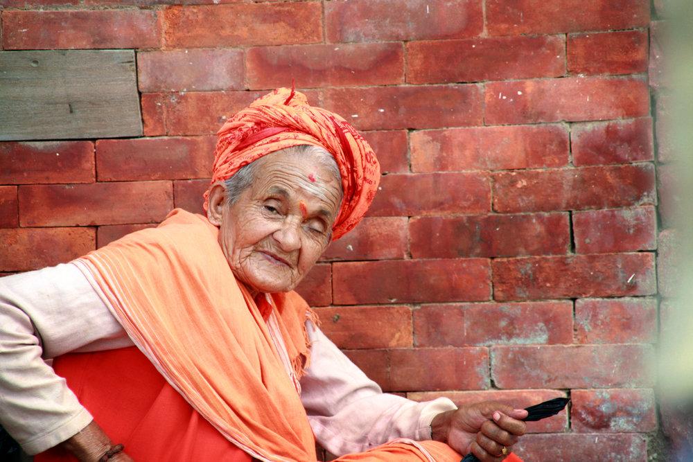 Vecchia con turbante India 2010 243.jpg