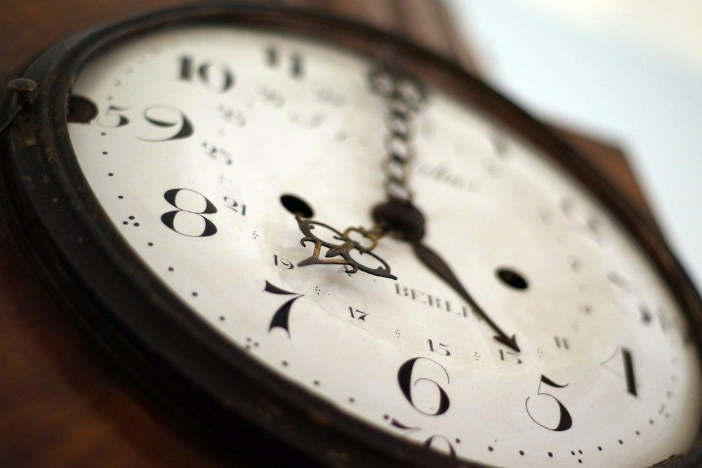 clock-1528798_1920.jpg