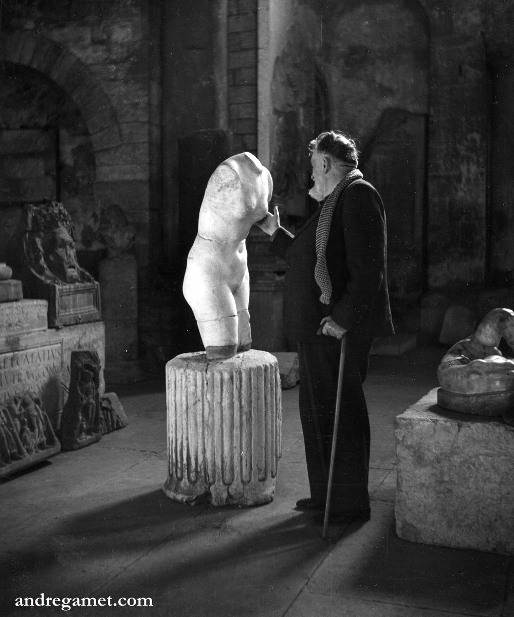 Vienne, musée Lapidaire, 1948.jpg