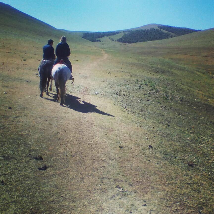horse-riding-mongolia.jpg