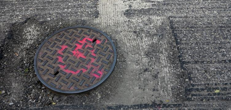 manhole-covers-will-be-reset-before-resurfacing.0.590.4352.2083.752.360.c.jpg