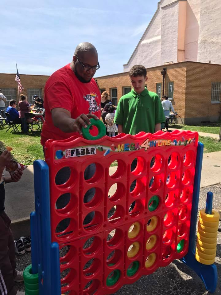 giant connect four.jpg