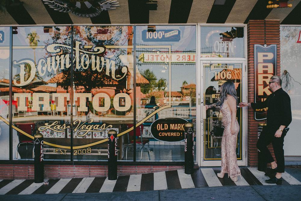 Badass-Vegas-Elopement31.jpg