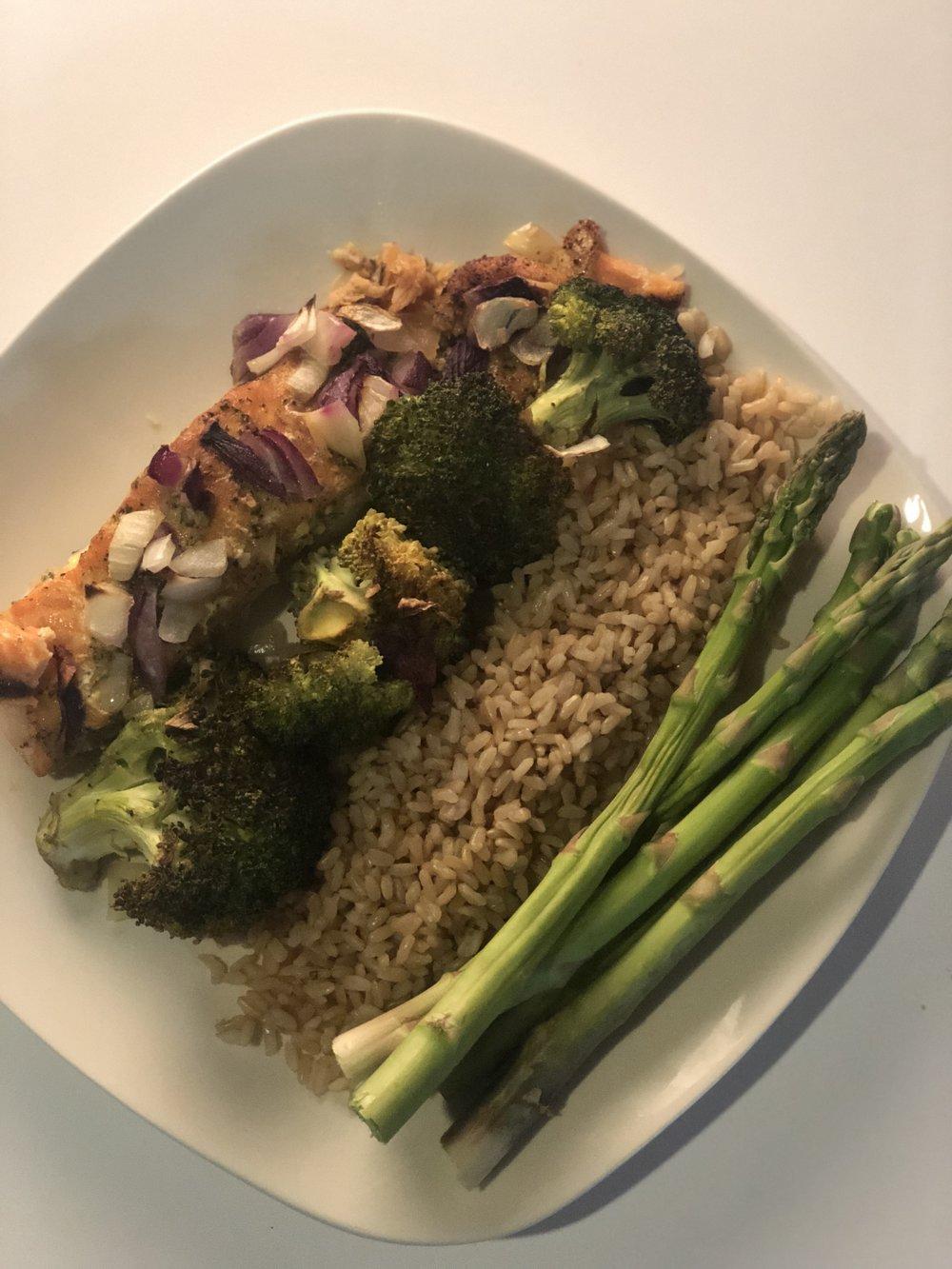 Salmon Platter   Salmon, broccoli, brown rice, asparagus