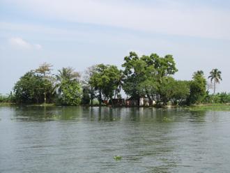 houseboat 18B.jpg