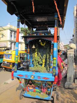 mysore street 1.jpg