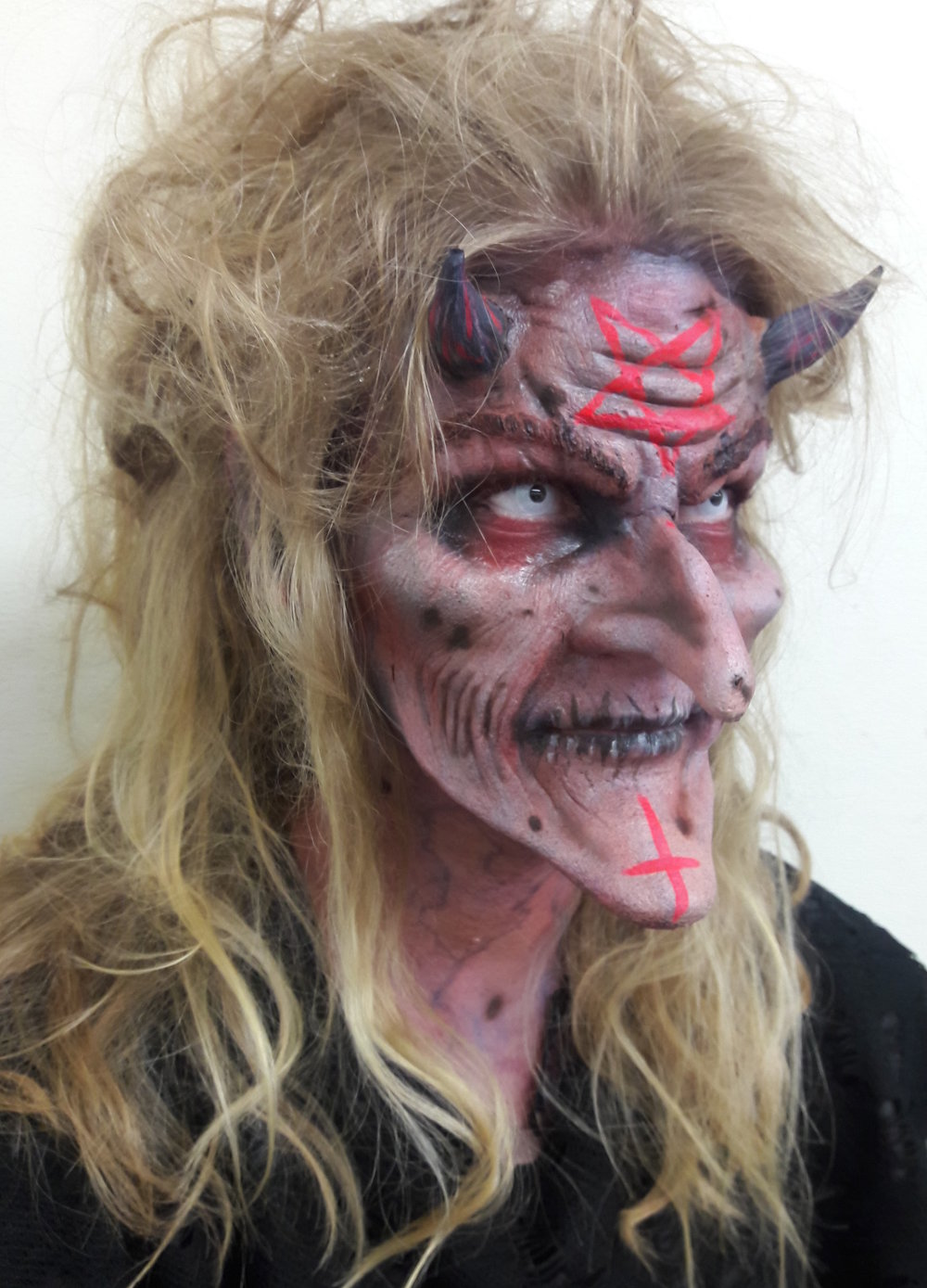 Fright Fest, 2016 Six Flags Magic Mountain Scare Actor: Kristol Remington Prosthetics provided by The Scream Team 45 minute application.