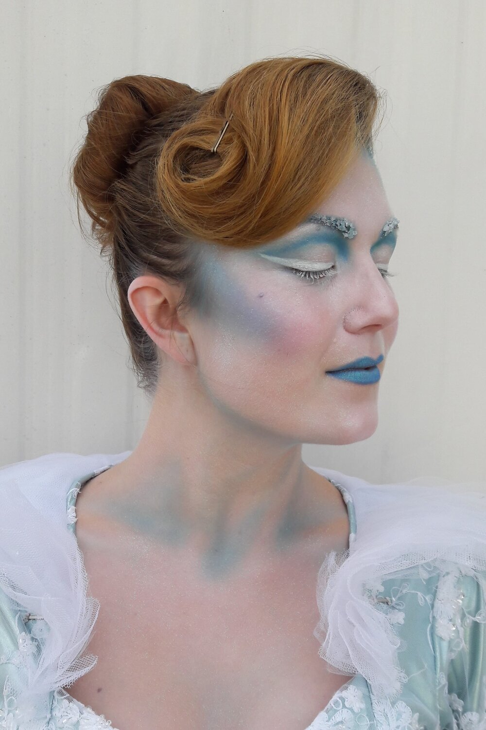 Holiday in the Park, 2016 Six Flags Magic Mountain Stilt Walker: Holly Dawn Makeup provided by: Premier Products Inc. and Ice Effects