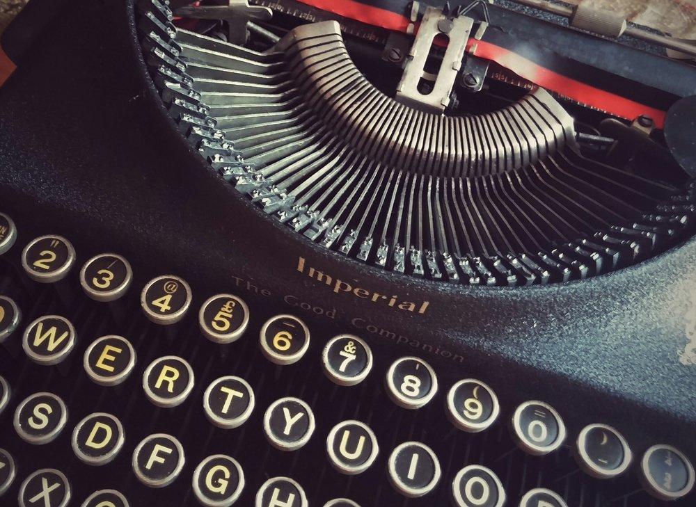 letters-1161946_1920.jpg