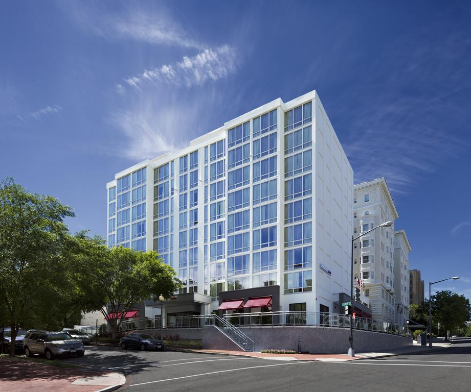 Courtyard by Marriott Washington, DC/Dupont Circle - 3-star hotel