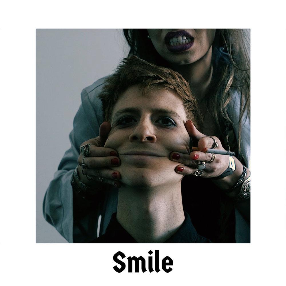 Smile 1_1600x1600.jpg
