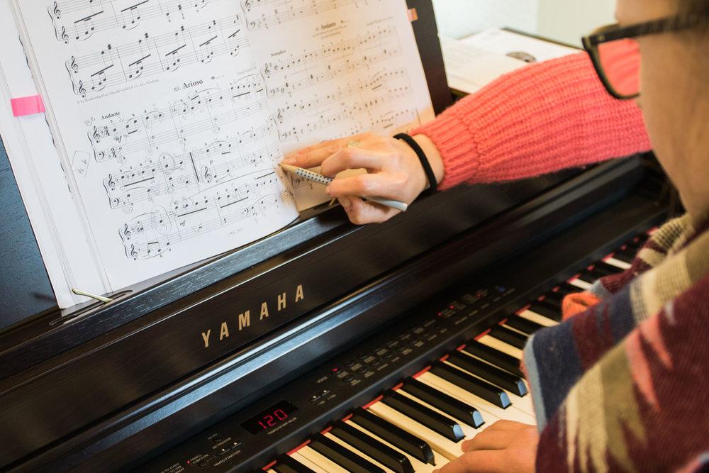 Hamids Musikschule by Dirk Behlau-4926.jpg