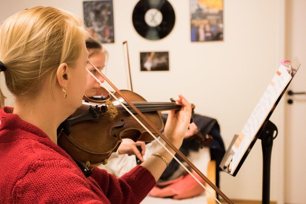 Hamids Musikschule by Dirk Behlau-5161.jpg