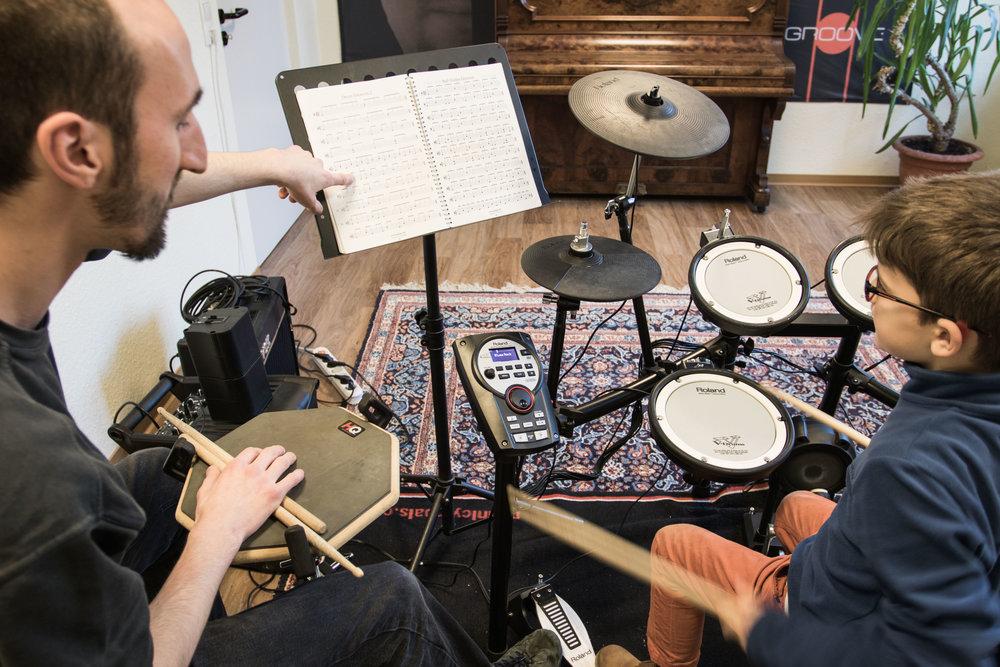 Hamids Musikschule by Dirk Behlau-5004.jpg