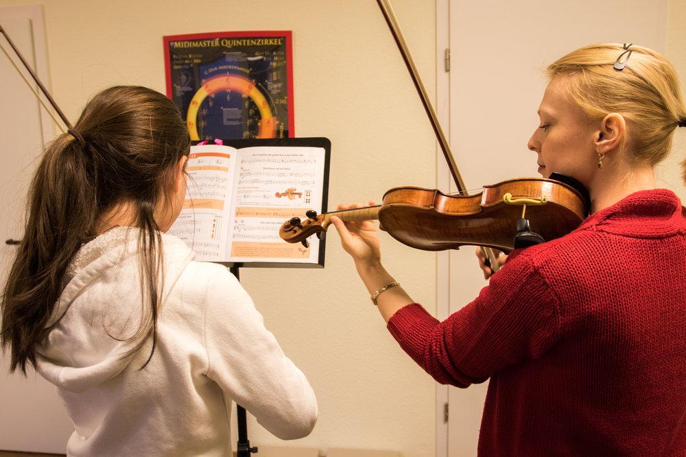 Hamids Musikschule by Dirk Behlau-5145.jpg