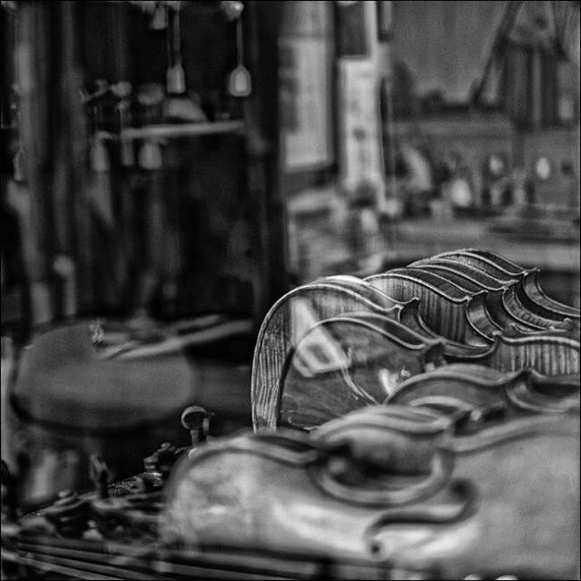 We restore and repair stringed instruments and supply quality violins, violas, cellos and accessories. #woodbridgeviolins