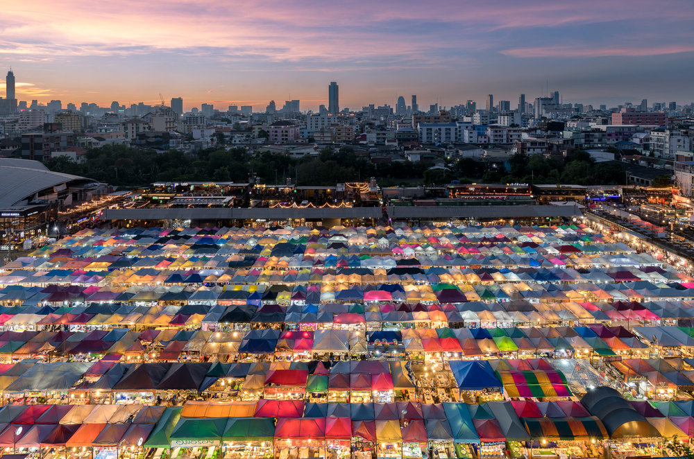 Bangkok's Night Train Market |Nikon D850 & Tamron 15-30 @ 19mm, ISO 64, 5 sec, f/8