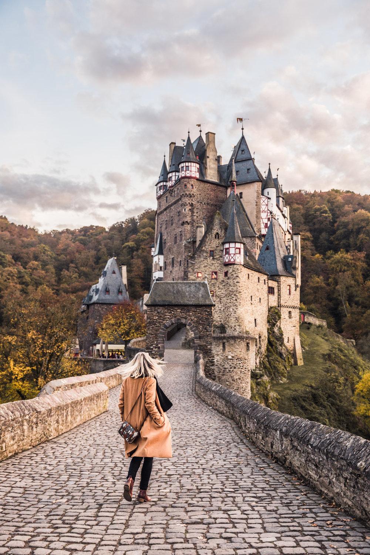 Castle-Eltz-1.jpg