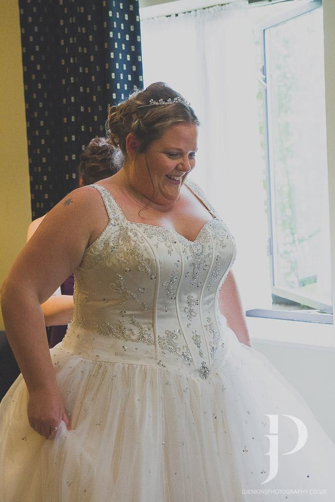 Simon&Jo-Witney-Wedding-0084.jpg