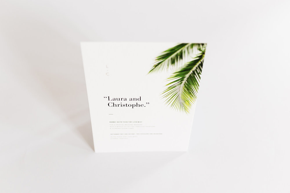 trouwkaarten-wedding-invite-palm-leaves-trees-tropical-goudfolie-modern-minimalistisch.jpg