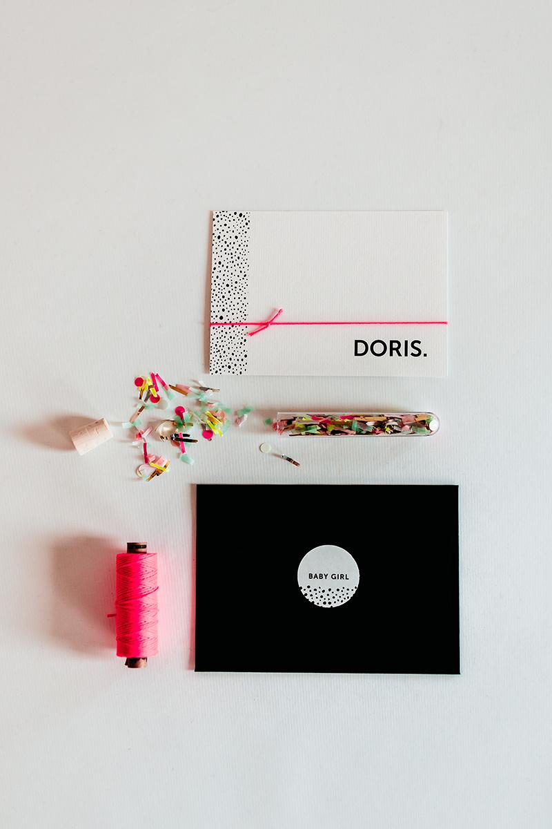 geboortekaartje-neon-roze-geboorte-stationery.jpg