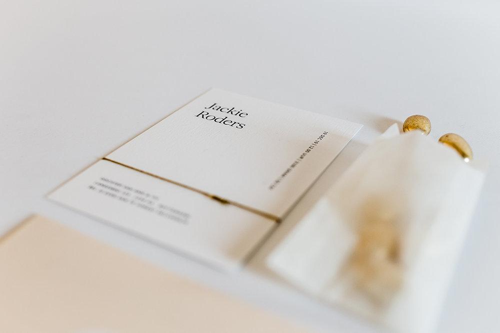 geboortkaartje-meisje-gouden-pastilles-doopsuiker.jpg