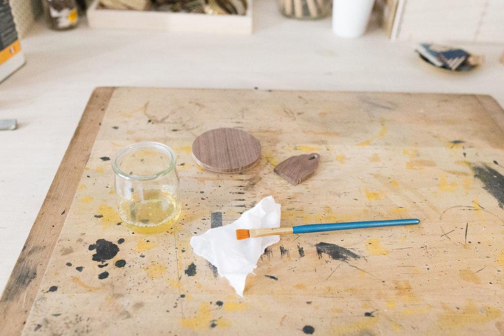 atelier-finition-huile-ebeniste.jpg