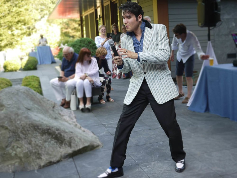 Elvis-impersonator-at-70th-Birthday-party-in-boston-ma-Harrington-Events.jpg