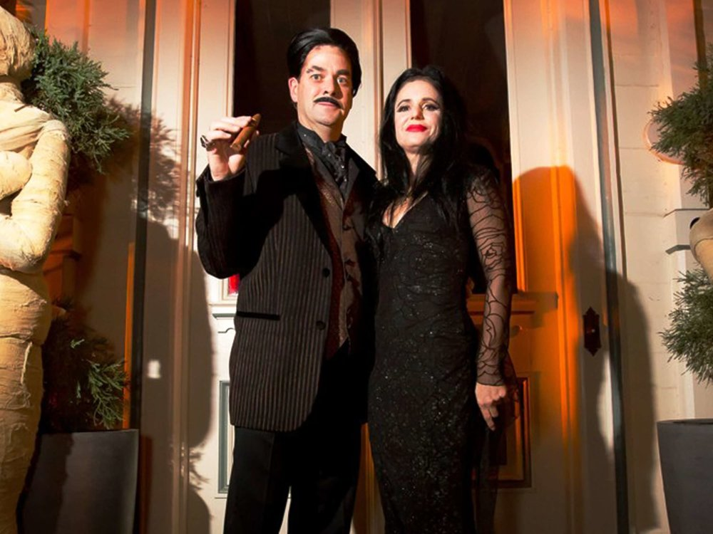 morticia-and-gomez-adams-impersonators-in-boston-ma-with-harrington-events.jpg
