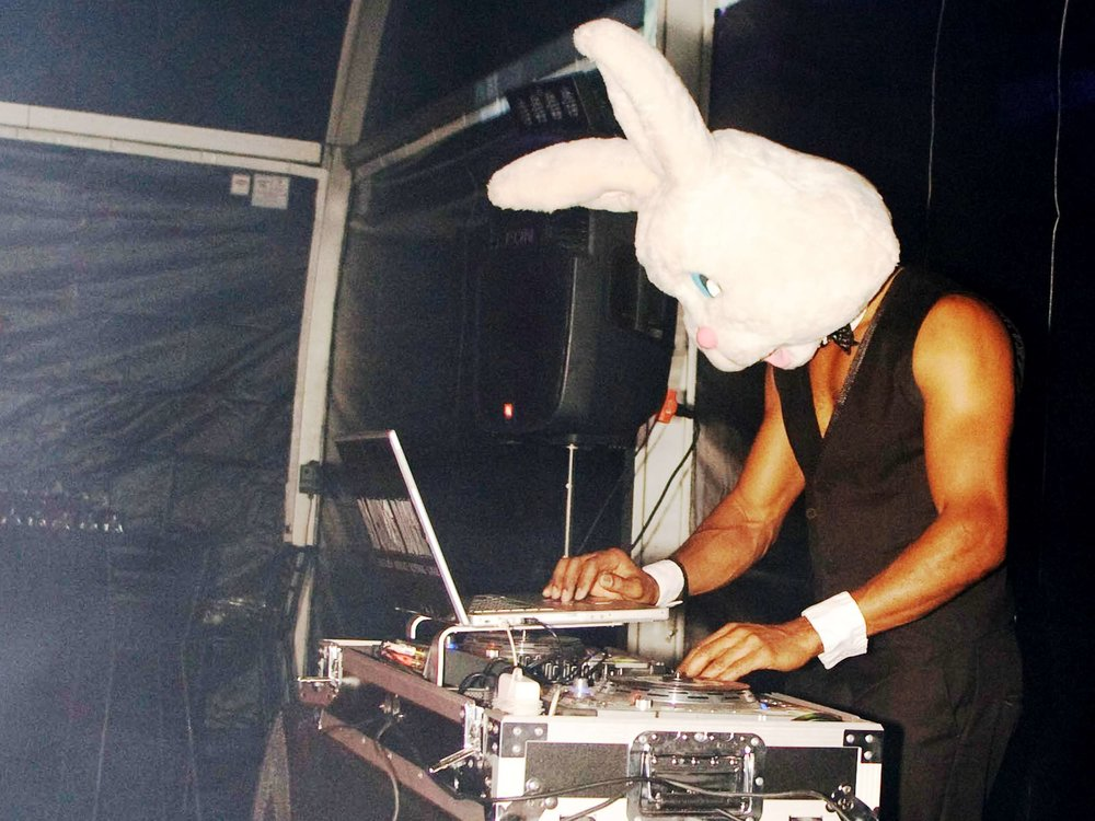 playboy-bunny-dj-at-halloween-party-in-boston-ma-with-harrington-events.jpg