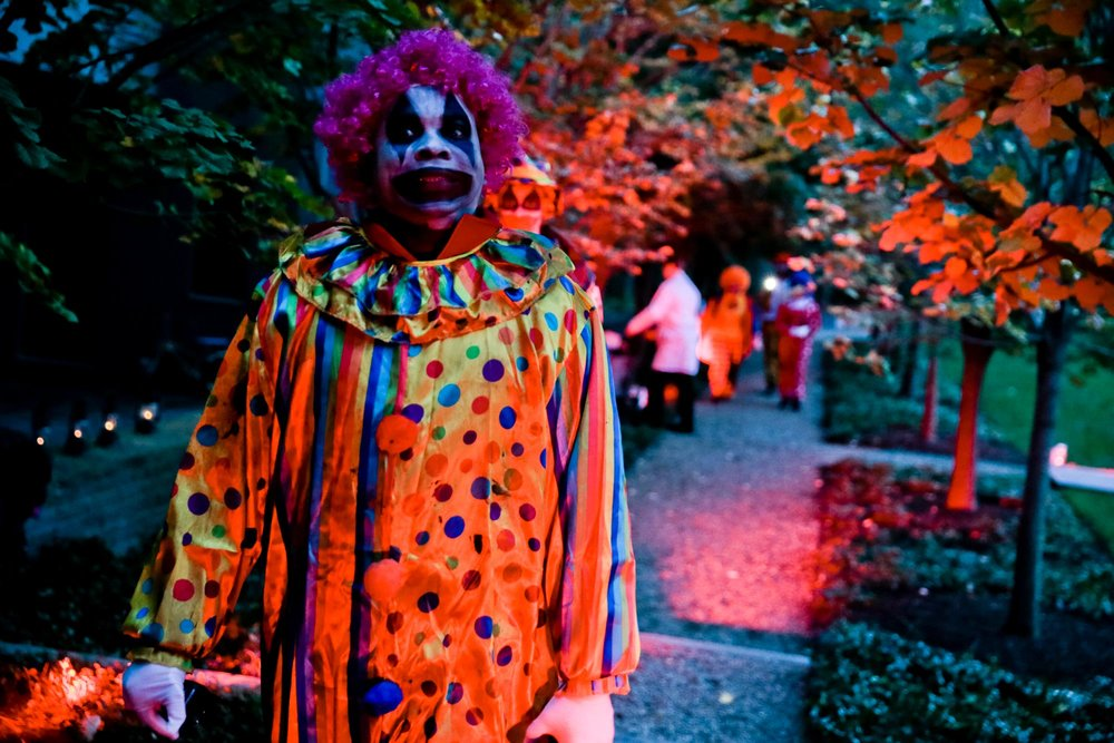 halloween-2018-harringtonevents-creepy-clown.jpg