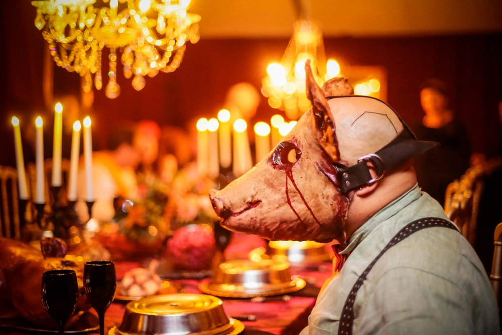halloween-2018-harringtonevents-creepy-family-dinner-pig-mask.jpg