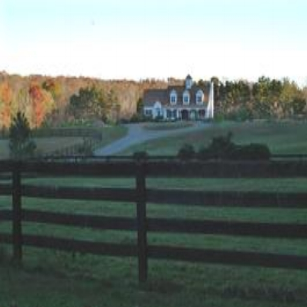 Cheesecake Farm B&B  - Sometimes you just want to get away and do your own thing.  To spread out, relax and unwind.  How about a cozy, comfy, Agrobnb at Cheesecake Farms?