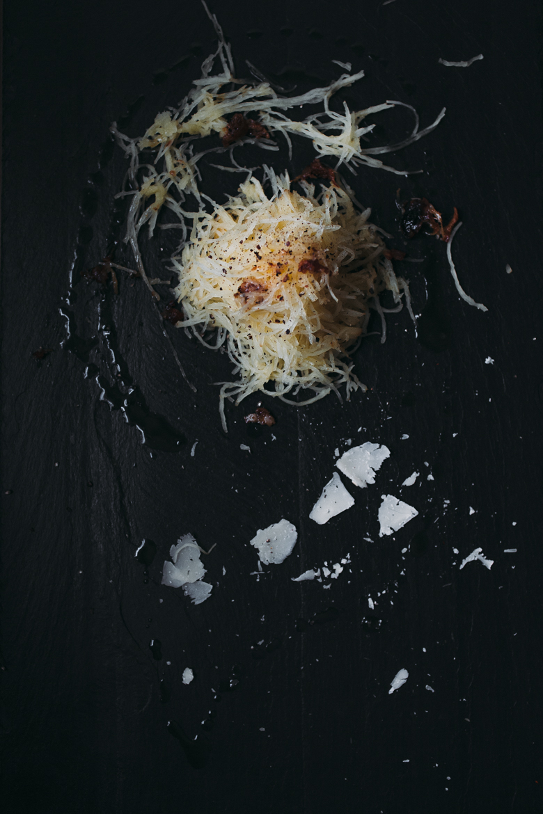 roasted_garlic_spaghetti_squash_parmesan_butter