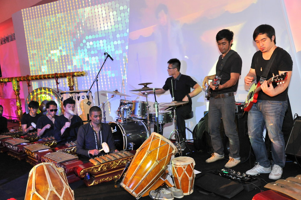 Gamelan band accompanied by a live visual show.