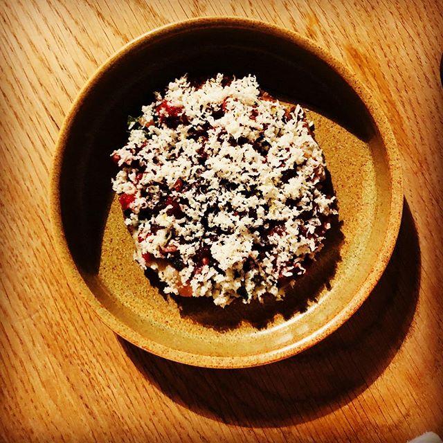 Róleg kvöld eru tilrauna kvöld // Quiet Tuesday becomes experimental Tuesday  #matbarrvk #nicyspicy . . #tartar #newcrisp #nextup #truecooks #chefsofinstagram #localfood