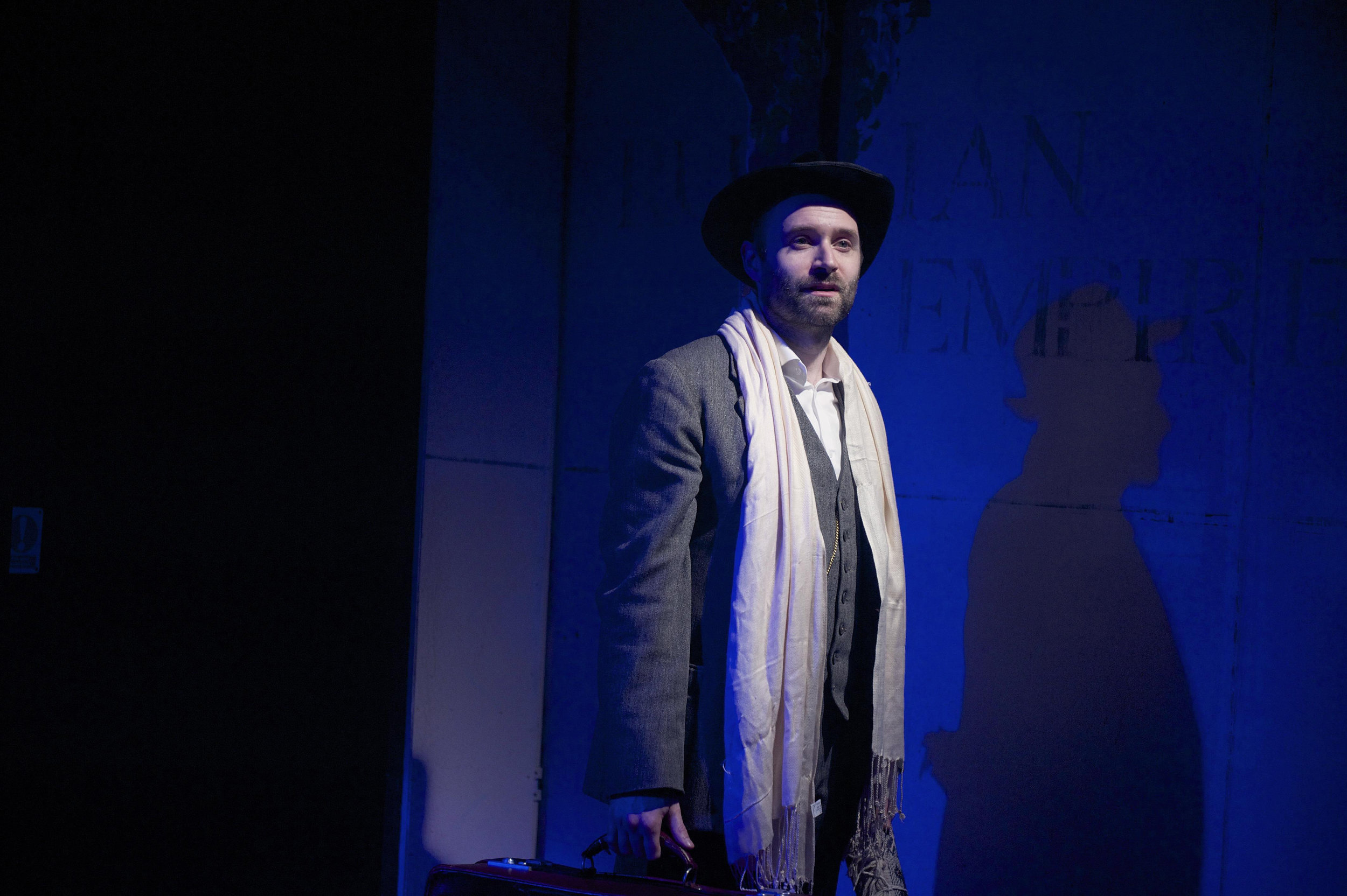 The Grand Tour – Alastair Brookshaw (Jacobowsky) – Jan 2015 © Annabel Vere