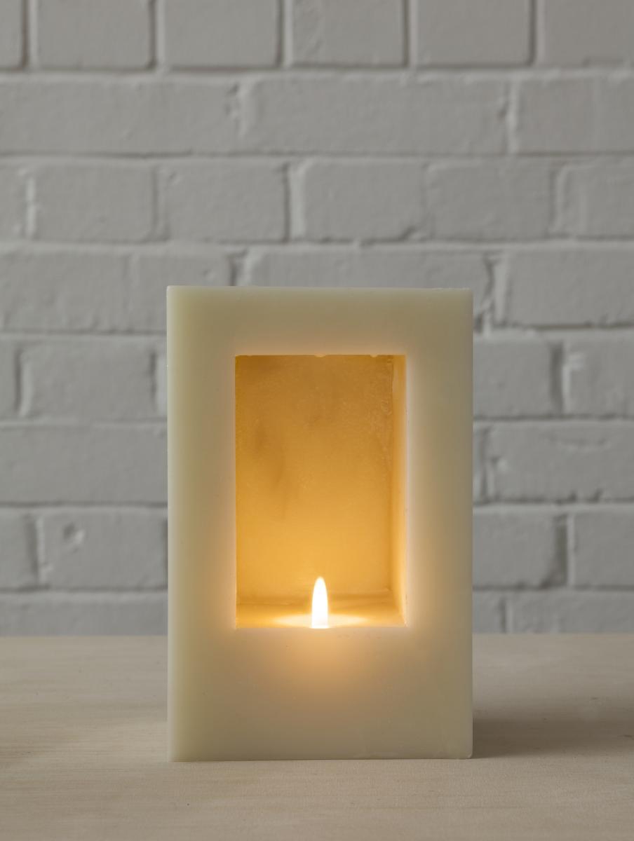 HMD Anish Kapoor candle © Jillian Edelstein