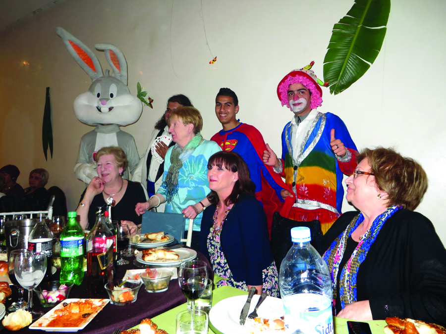 JR Tour - Morocco - Purim table - Joan