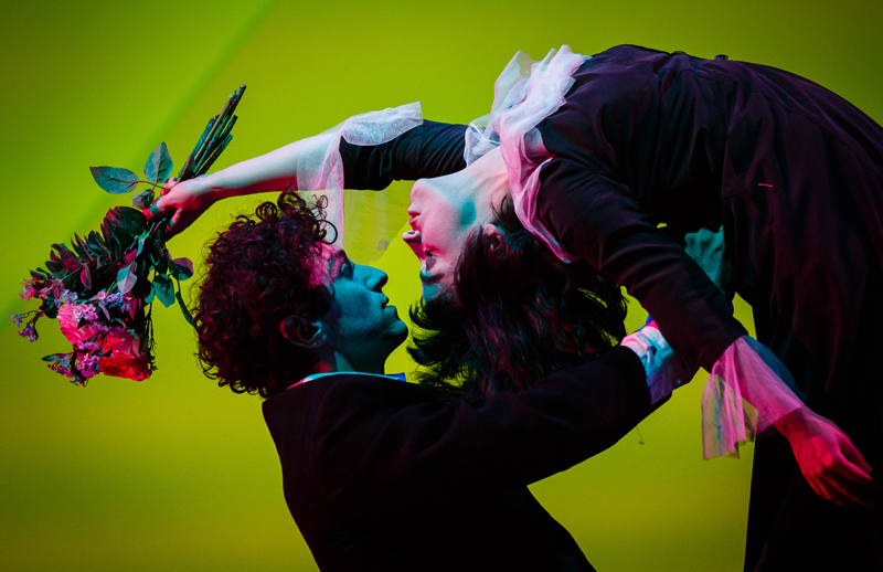 Kneehigh The Flying Lovers of Vitebsk 4 c Steve Tanner Marc Antolin as Marc Chagall Audrey Brisson as%