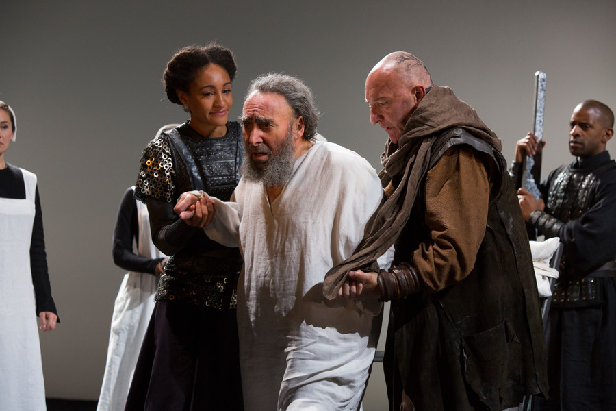 king-lear-production-photos_-2016_2016_photo-by-ellie-kurttz-_c_-rsc_202354