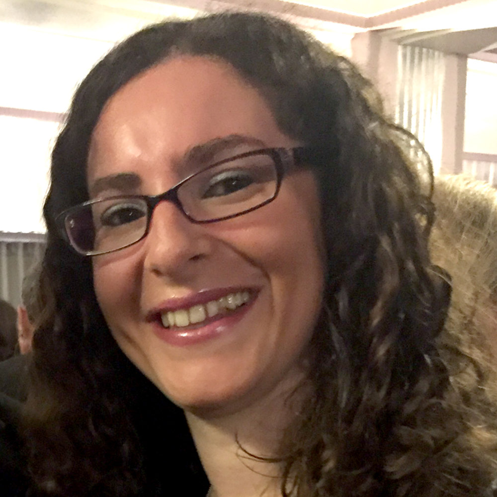 Lorraine Sheridan     Operations Manager     Lorraine is the organisational guru behind subscriptions, accounts, office management and more. She provides the back-up that any creative team needs in an increasingly high-tech and regulated environment.    lorraine@ jewishrenaissance.org.uk