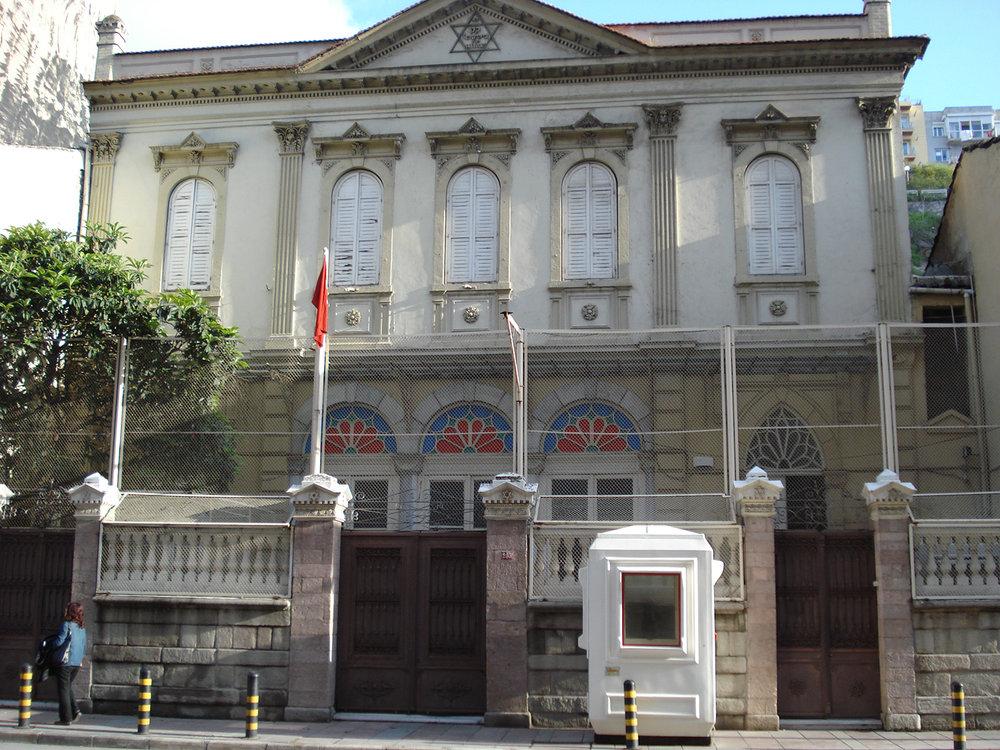 Bet_Israel_Synagogue_Izmir.JPG