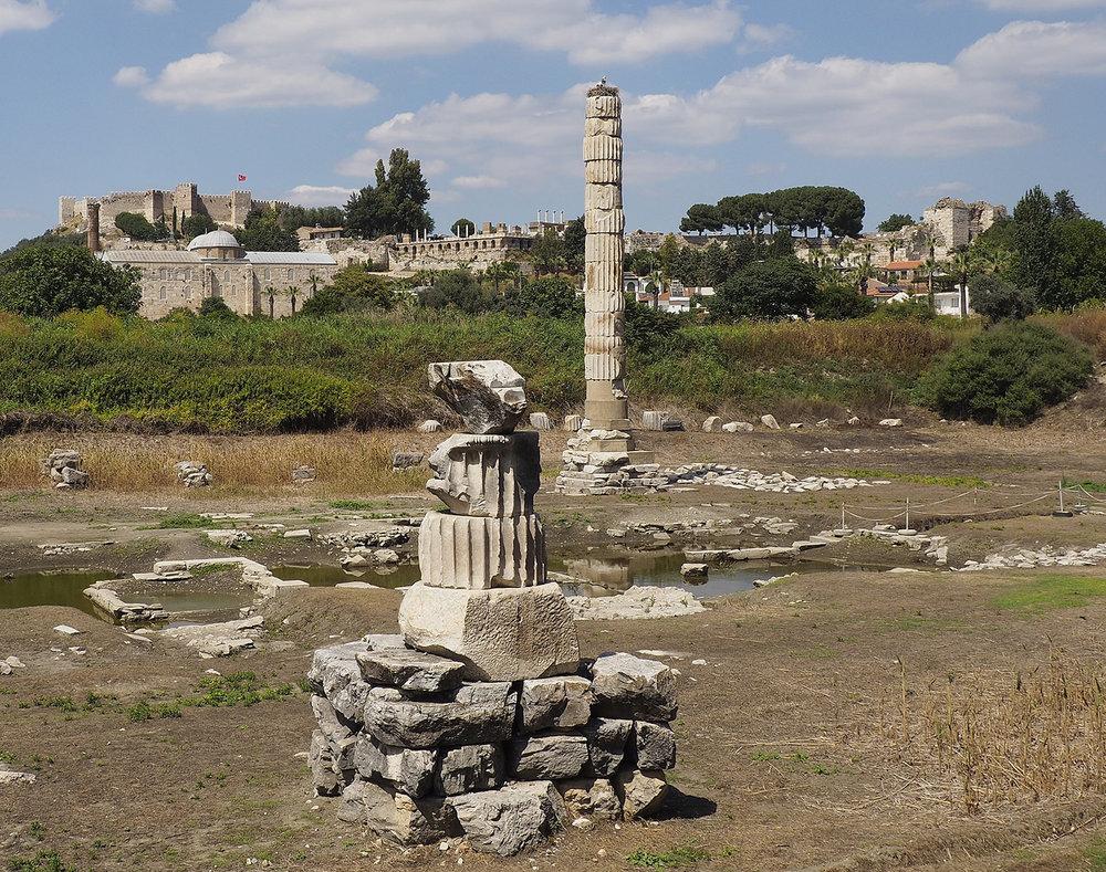 IZMIR06_Templo-Artemisa-Efeso-2017.jpg