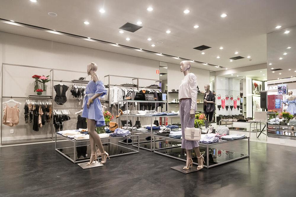 Guide Shop Shopping Patio Batel AMARO