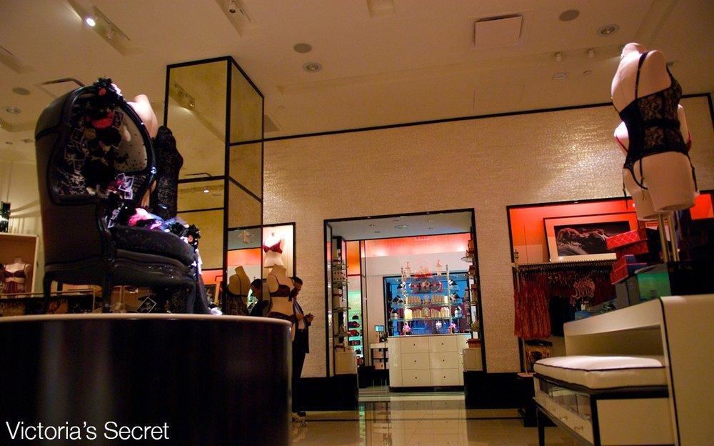 VictoriasSecretDec2008web.jpg