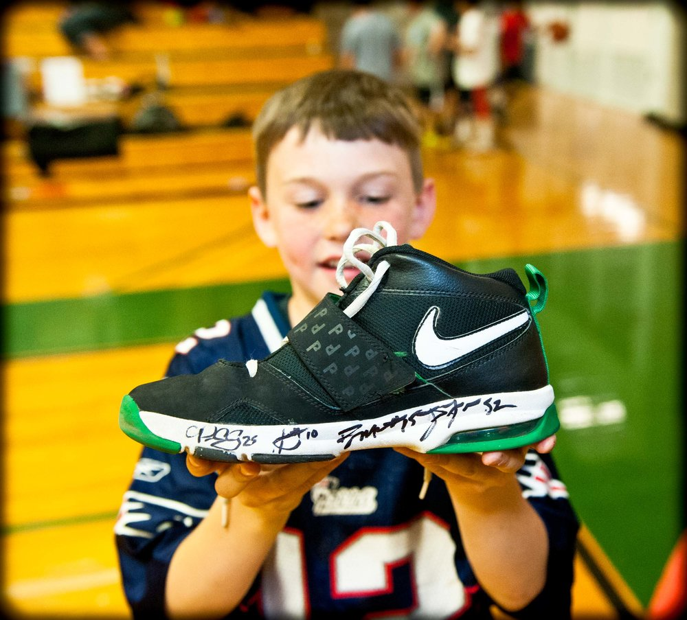 Maura Wayman Photography, Photography, Corporate Photography, Massachusetts, Boston, Metro West, events, Corporate events, Photographer, Functions, Parties, Fundraisers, Gronk, Rob Gronkowski, Patriots, Football, football player, kids, autograph, autographed sneaker, sneaker,