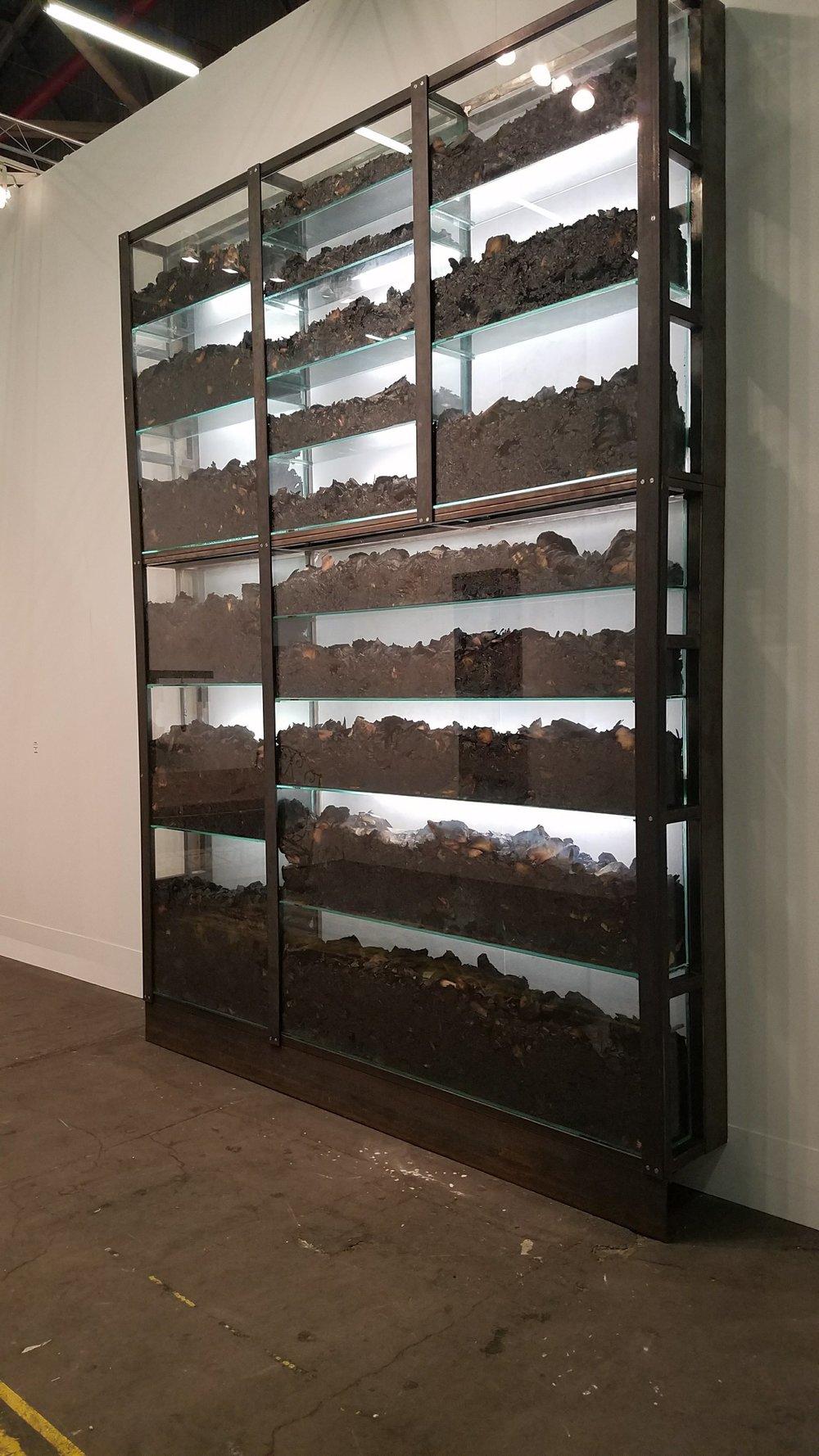 Chen Zhen, la Fin du monde des signes, 1992-1994, Courtesy of Galleria Continua